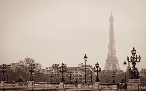 巴黎埃菲尔铁塔风景