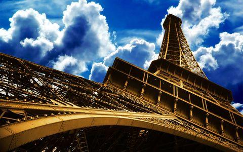 埃菲尔铁塔天空风景