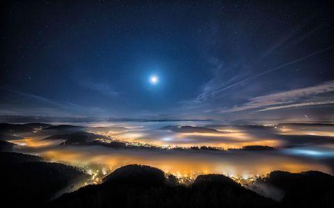 美丽城市夜空风景