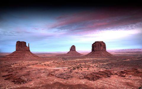 纪念碑谷荒漠风景
