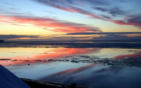 彩霞海滩风景壁纸