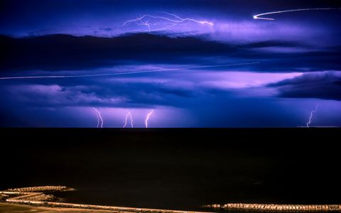 夜空闪电风景
