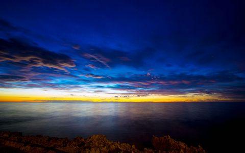 黄昏海面风景