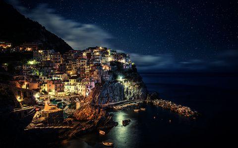 五渔村海岸夜景