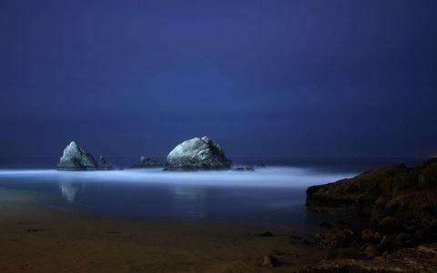 海岸岩石风景
