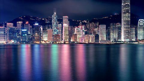 海边城市夜景高清背景