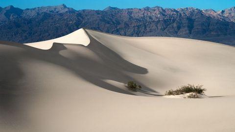 奇特的白色沙漠